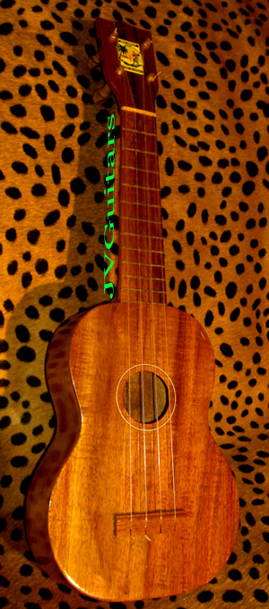 Vintage Curley Koa Ukulele  Made in Hawaii WoW!...$ 699